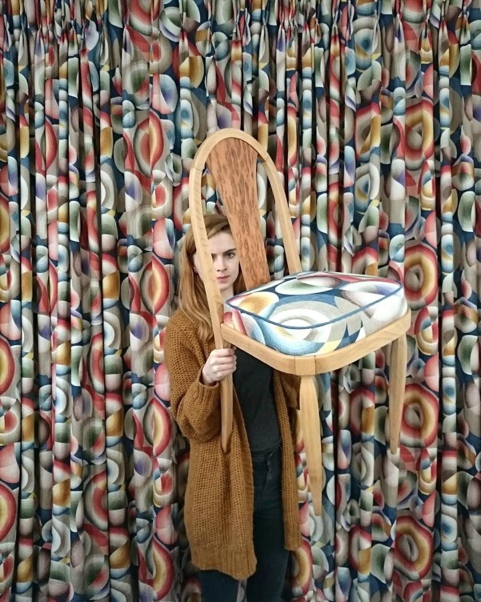 #atelier #showroom #tapissier #upholstery #1900 #midcentury #chair #artdeco #courtepointière #rideaux #curtains #curtainsareback #textile #inspiration #soniadelaunay @lamaisonpierrefrey #realisation @ateliervladimirboson #design