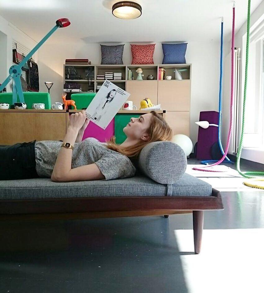 #atelier #showroom #courtepointière #daybed #midcentury #1950 #danishfurniture #modular #bench #sofa #hansolsen #bramin #braminmobler #textile #scion #design