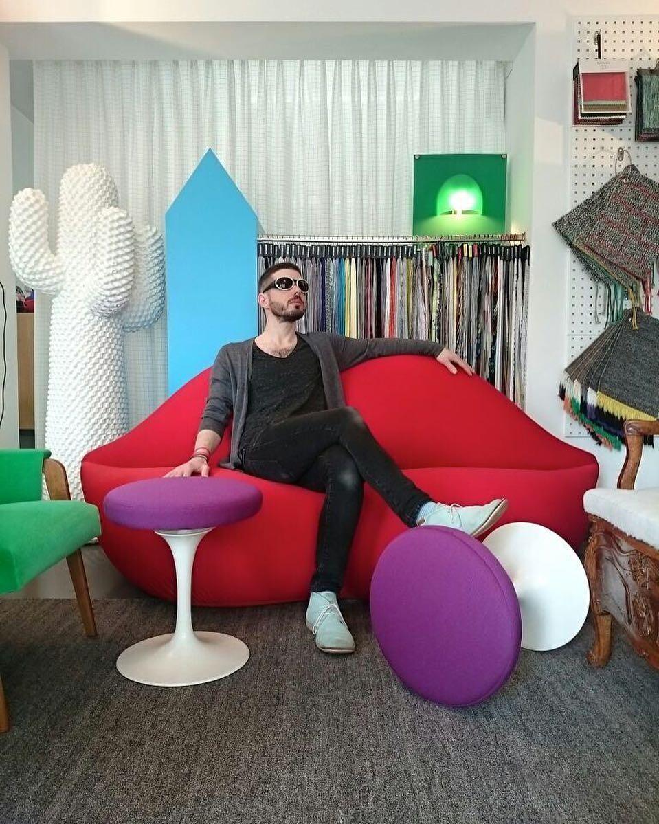 🕶👄🌵🌷 #atelier #showroom #tapissier #upholstery #design @ateliervladimirboson