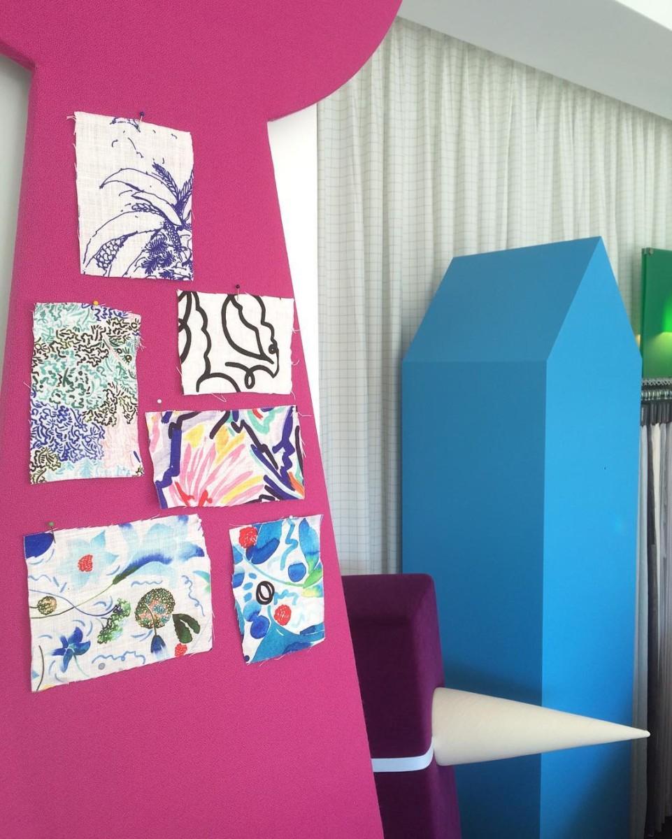 Nouvelles collections🌿🌺🍃🌸🌱 #nouveauté #atelier #showroom #textiles #samples @clairedequenetain #flowers #colors