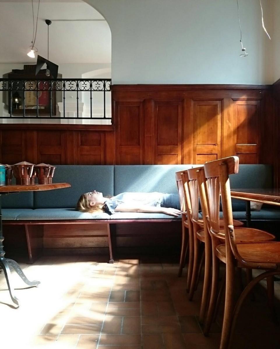 Le Cygne Brasserie 🍻🍳🍷🍴#livraison #atelier #tapissier #upholstery #renovation #cafe #restaurant #brasserie @lecygne_brasserie #lausanne #realisation @ateliervladimirboson