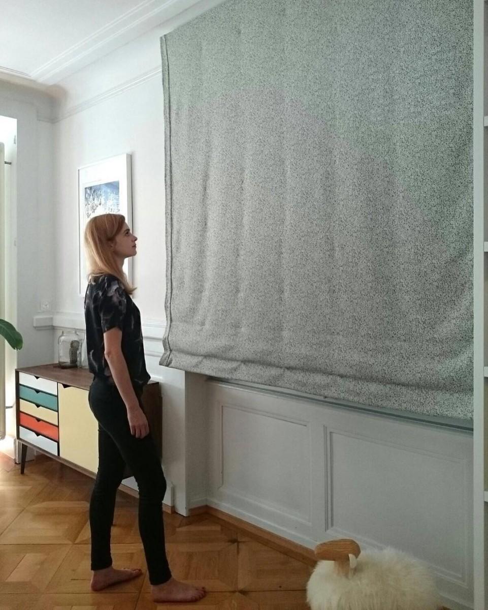💫☄✨ #livraison #posederideaux #lausanne #store #romanblind #curtains #rideaux #courtepointiere #textile #galaxy @kvadrattextiles