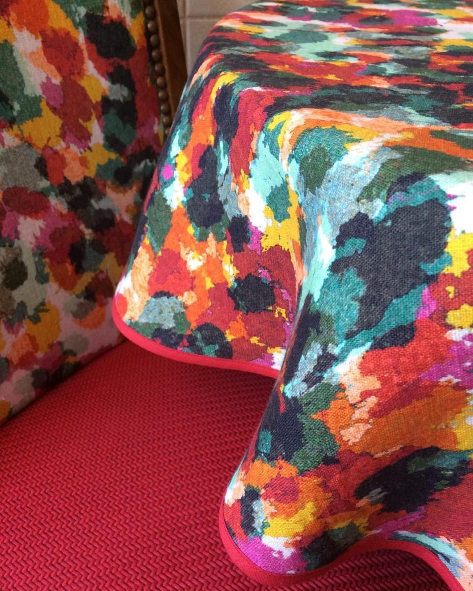 🌺 #livraison #nappe #tablecloth #courtepointière #textile #rebelle #soniarykiel #tress #lelièvre #colors #lausanne #chair #réalisation @ateliervladimirboson