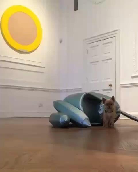 🚀🚀🚀 Collaboration Sylvie Fleury / Atelier Vladimir Boson  #atelier #collaboration #exposition #hypnoticpoison #Rocket #artist #sylviefleury #artcontemporain #galerie #thaddaeusropac #london #video @stella_pomawowow @ateliervladimirboson